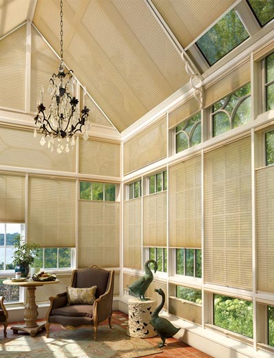 Window shades in large sunroom